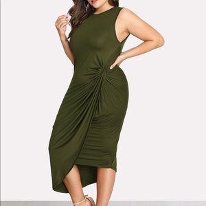 Green Dress, New! //Traje Verde,Nuevo!